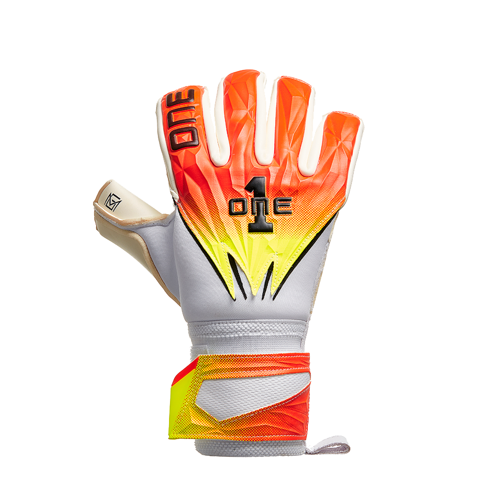 The One Glove GEO MCG Cyclone Backhand