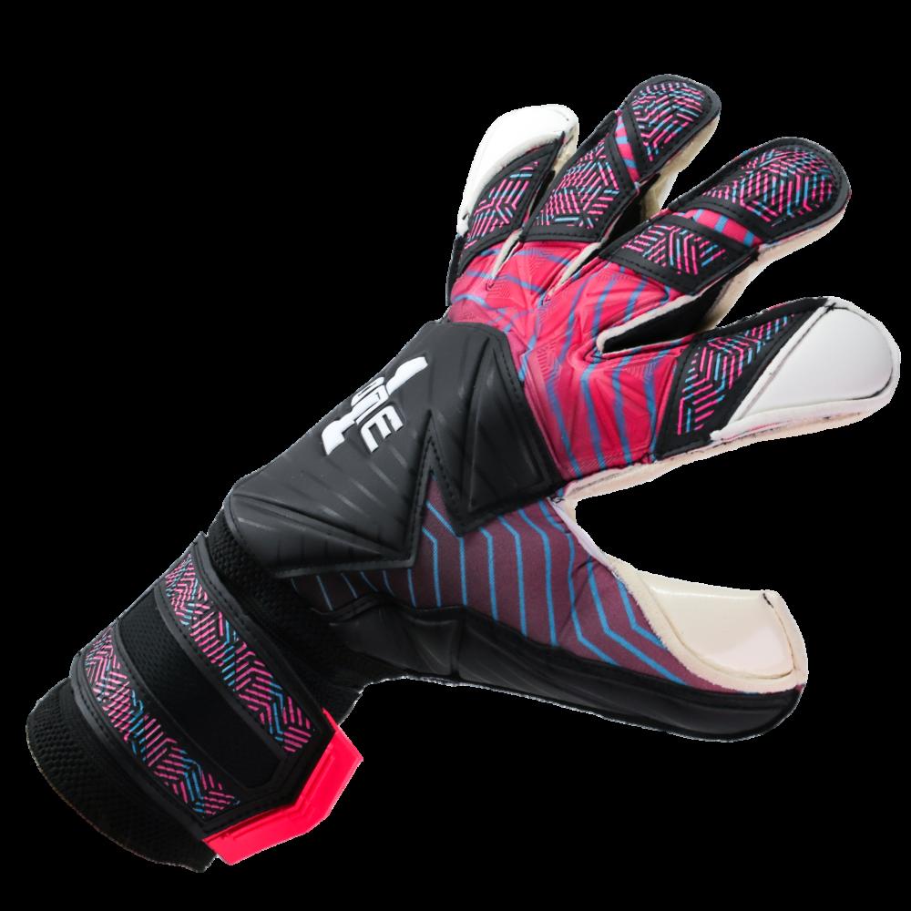 Best fitting goalkeeper gloves