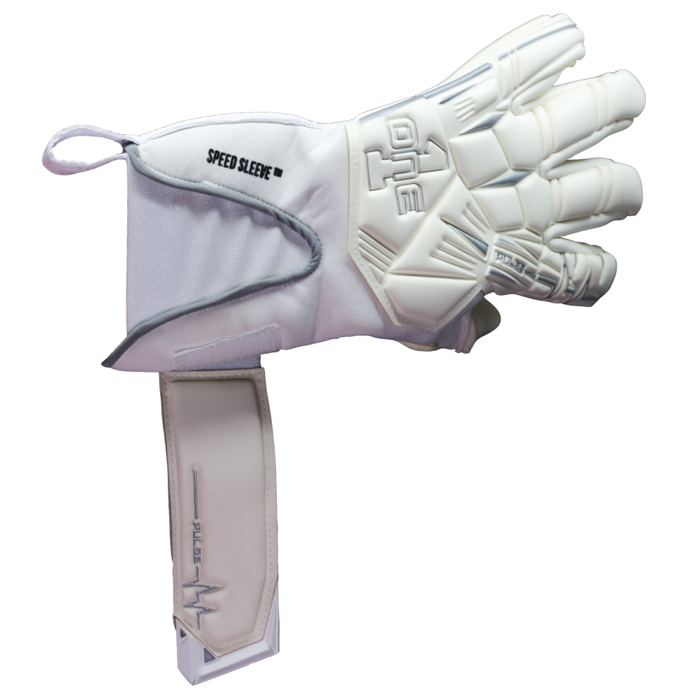 Easy on easy off goalkeeper glove