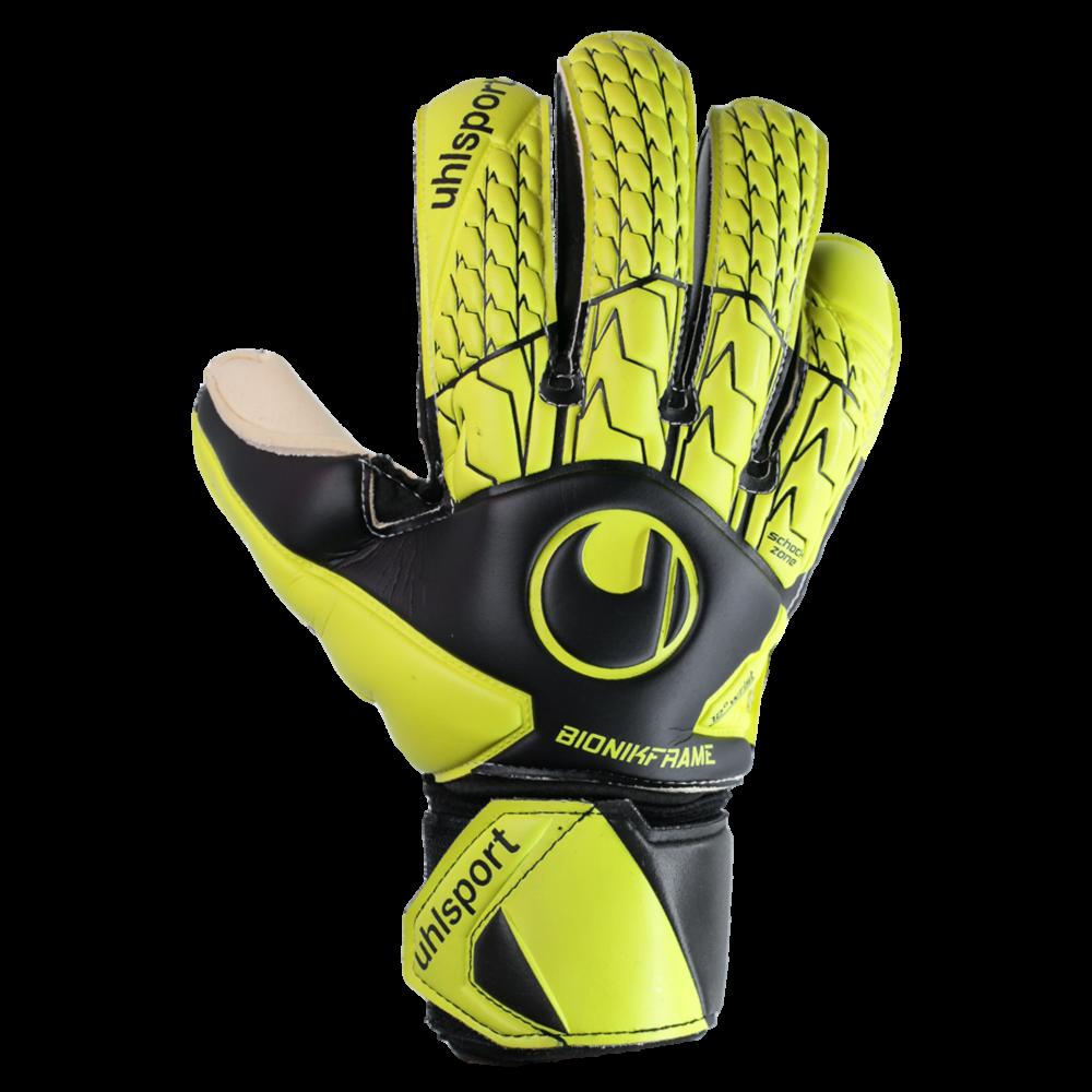 Good goalkeeper glove for punching