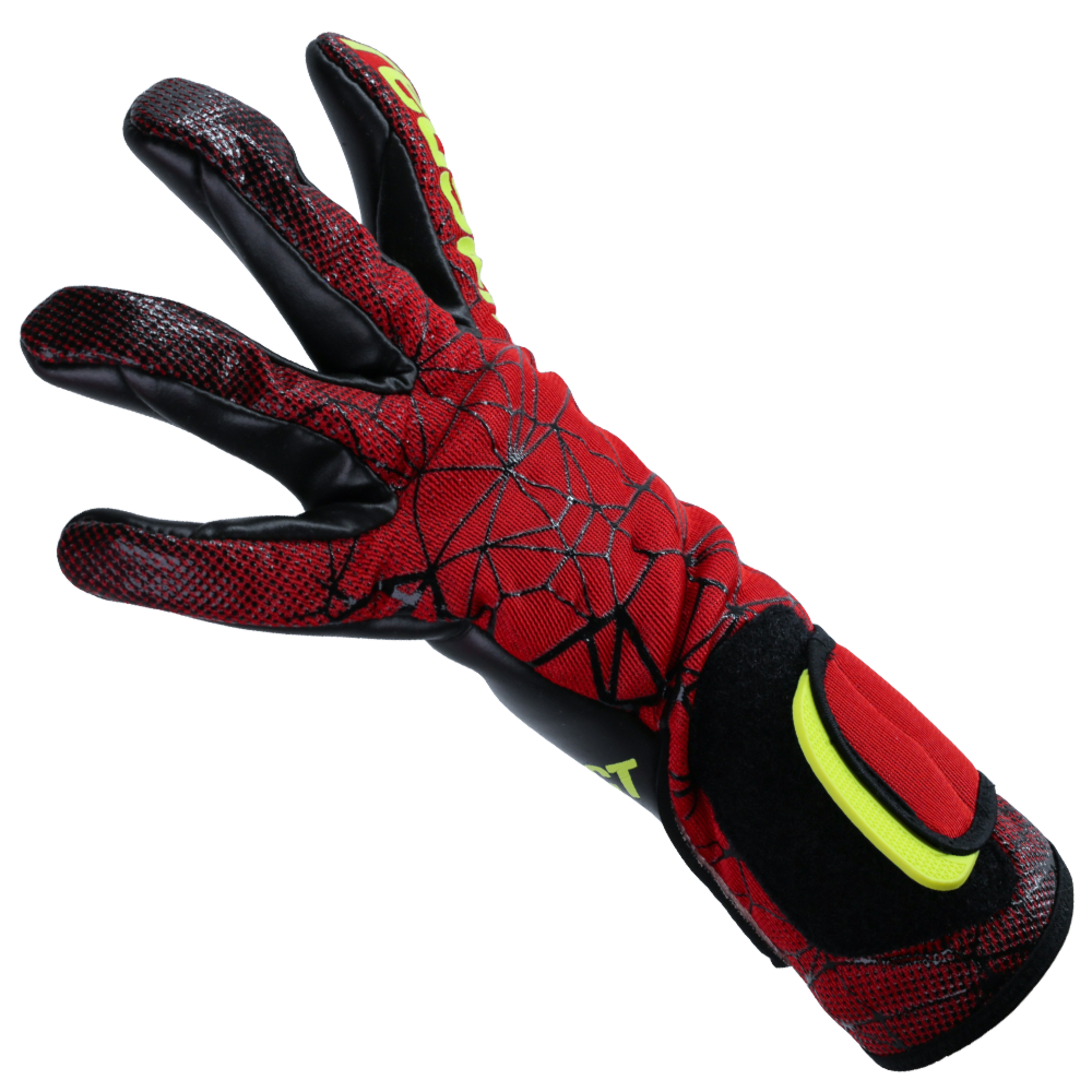 Comfy glove for soccer goalies