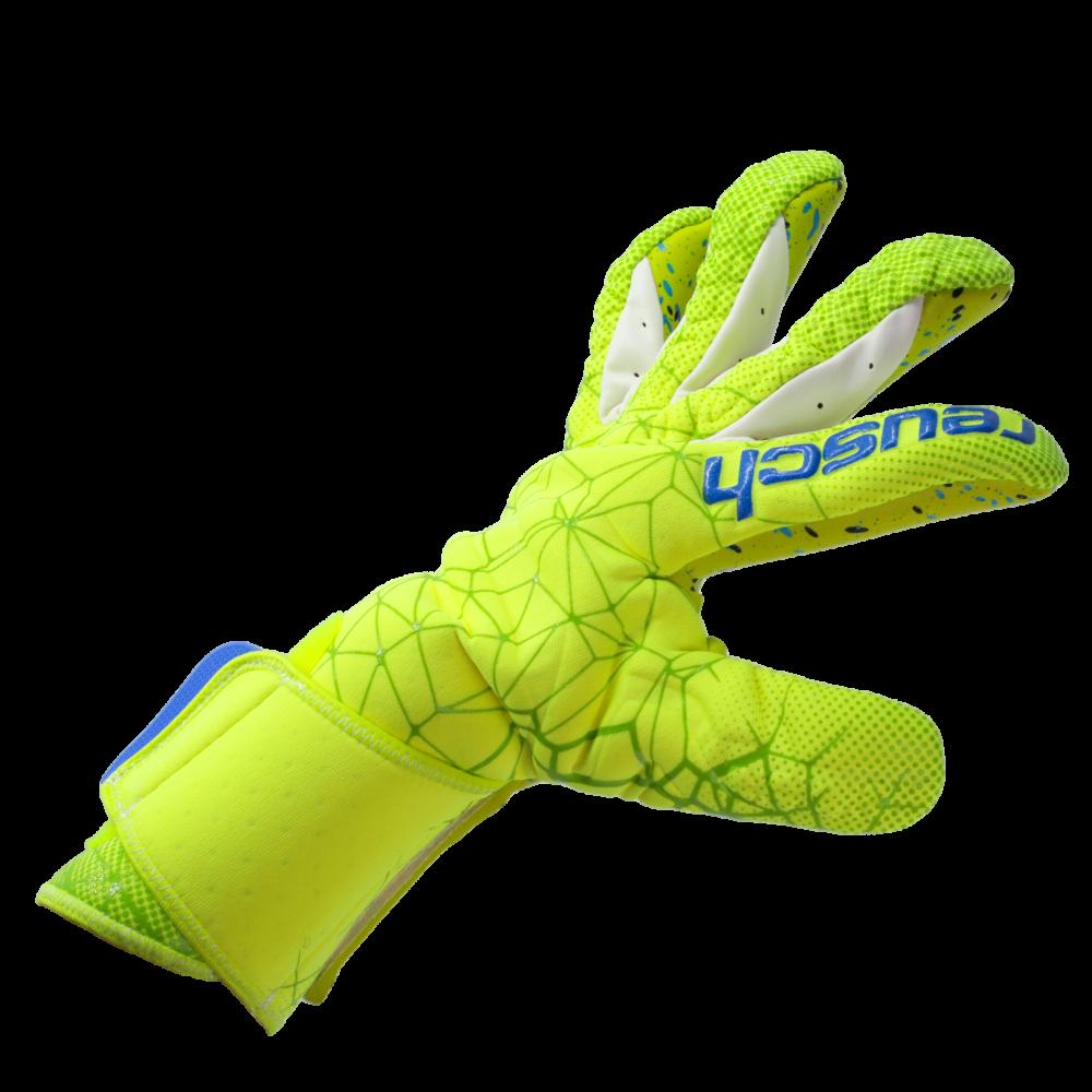 Reusch Pure Contact II G3 Fusion Goalkeeper glove fit