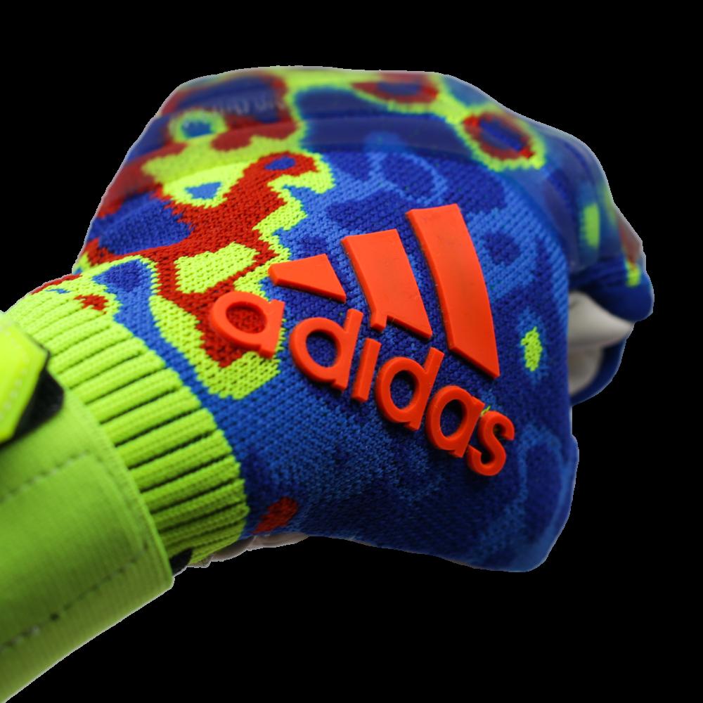 DN8606 Adidas Predator Pro Manuel Neuer Goalie Glove Logo Fist