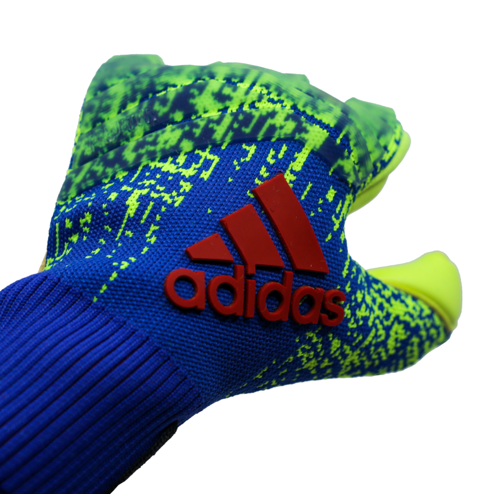 DN8581 Adidas Predator Pro Goalie Glove Logo Knit Material