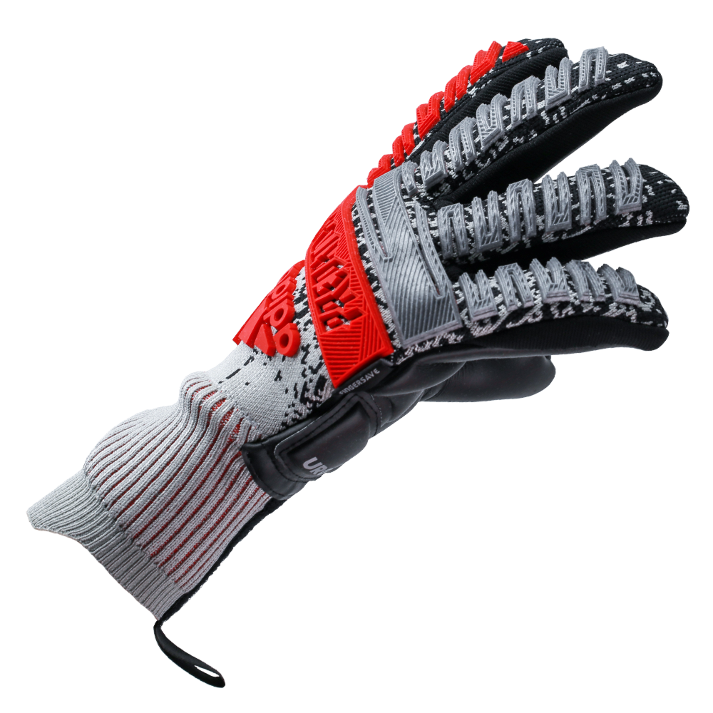 Goalkeeper gloves that fit well