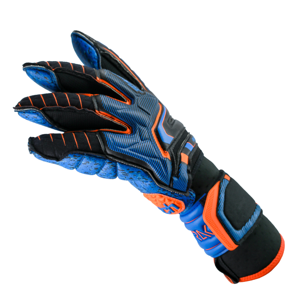 Best goalkeeper gloves for rain