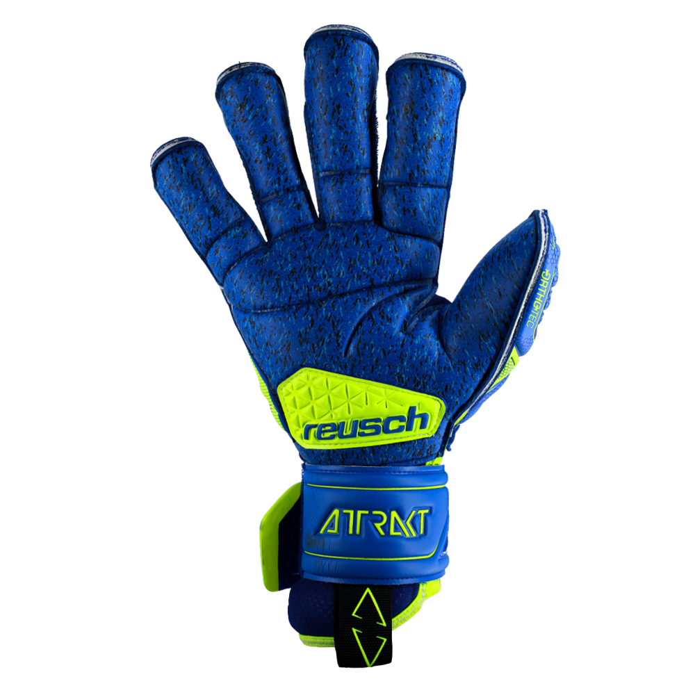 Goalkeeper gloves with the best grip