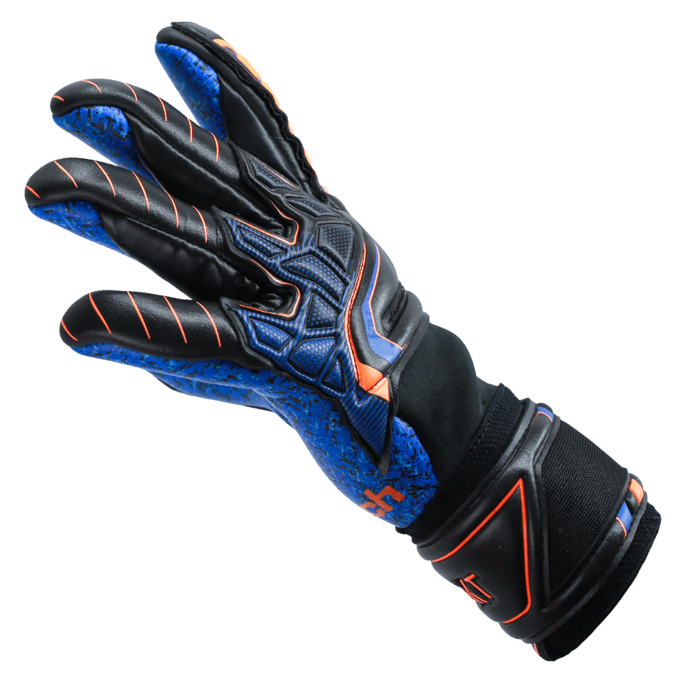 Flexible goalkeeper gloves