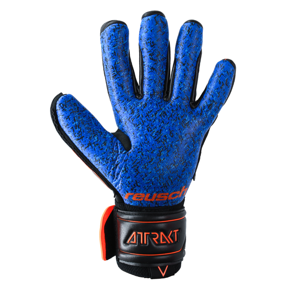 Great goalkeeper glove for all weather conditions