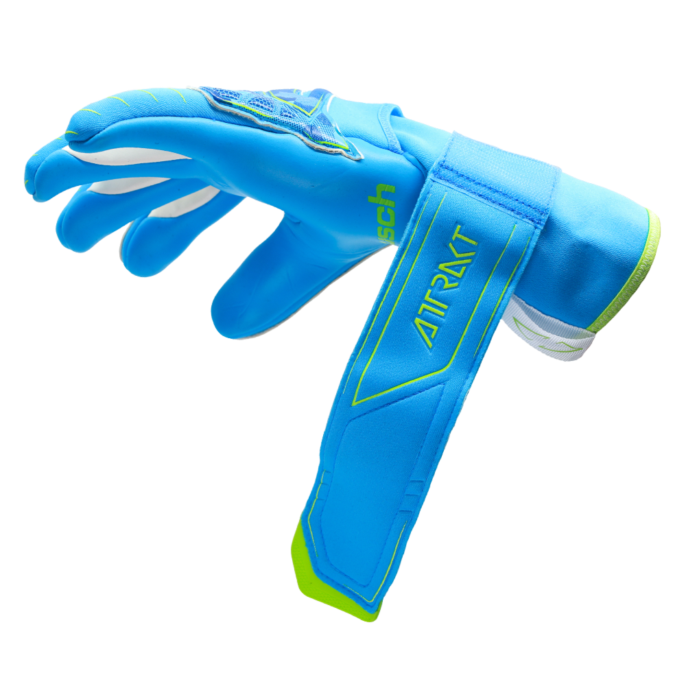 Secure goalkeeper glove closure