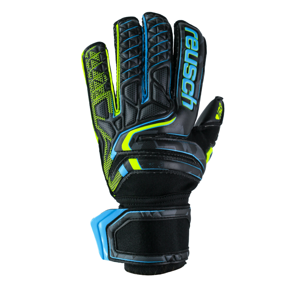 Goalkeeper gloves with soft material