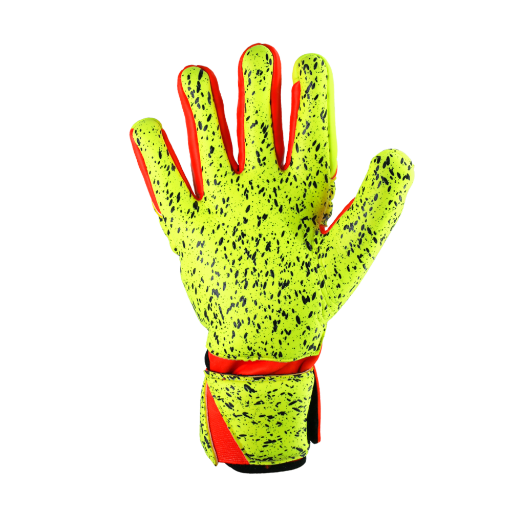 Best goalkeeper glove with pro latex