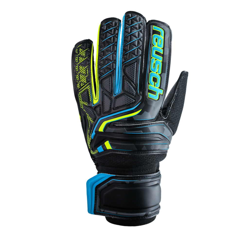 Comfy goalkeeper gloves for futsol