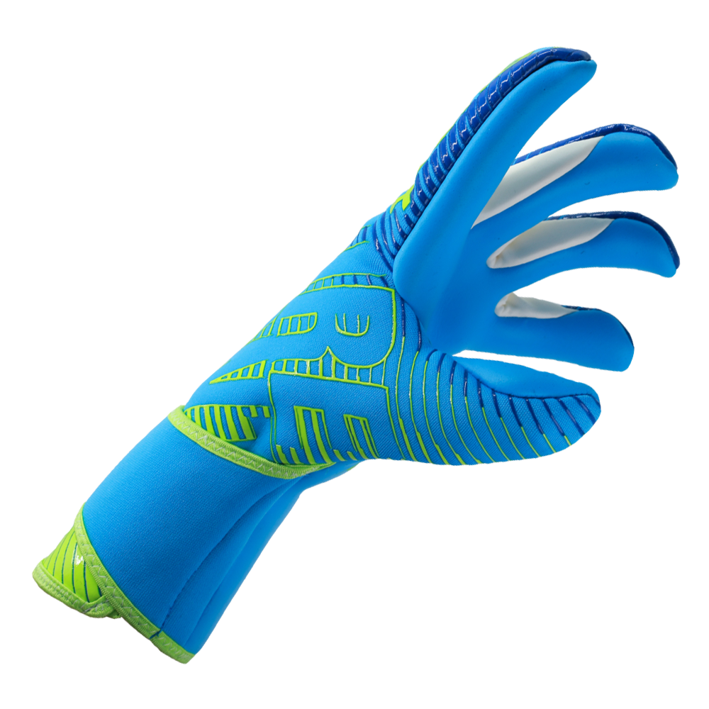 Goalkeeper gloves for skinny hands