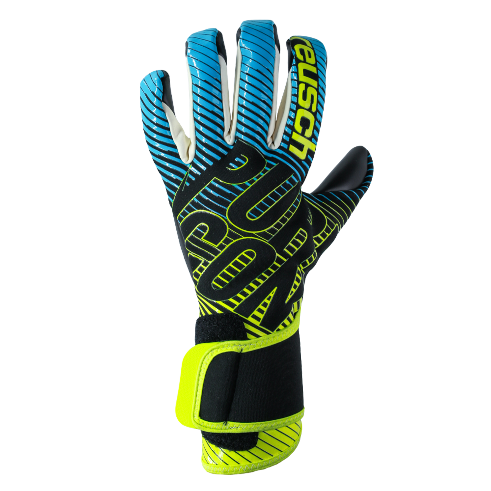 Comfy goalkeeper gloves