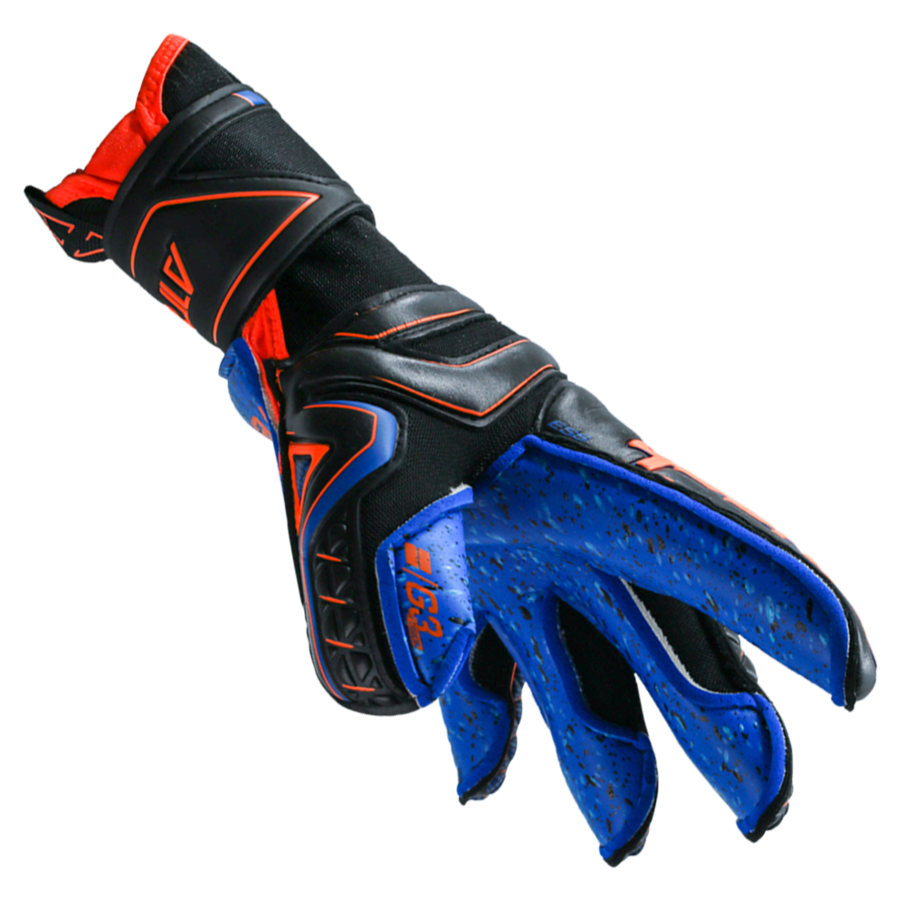 Goalkeeper gloves for young goalies