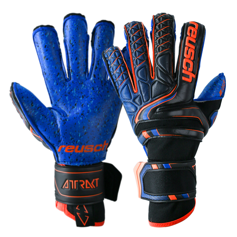 Newest goalkeeper gloves with finger support