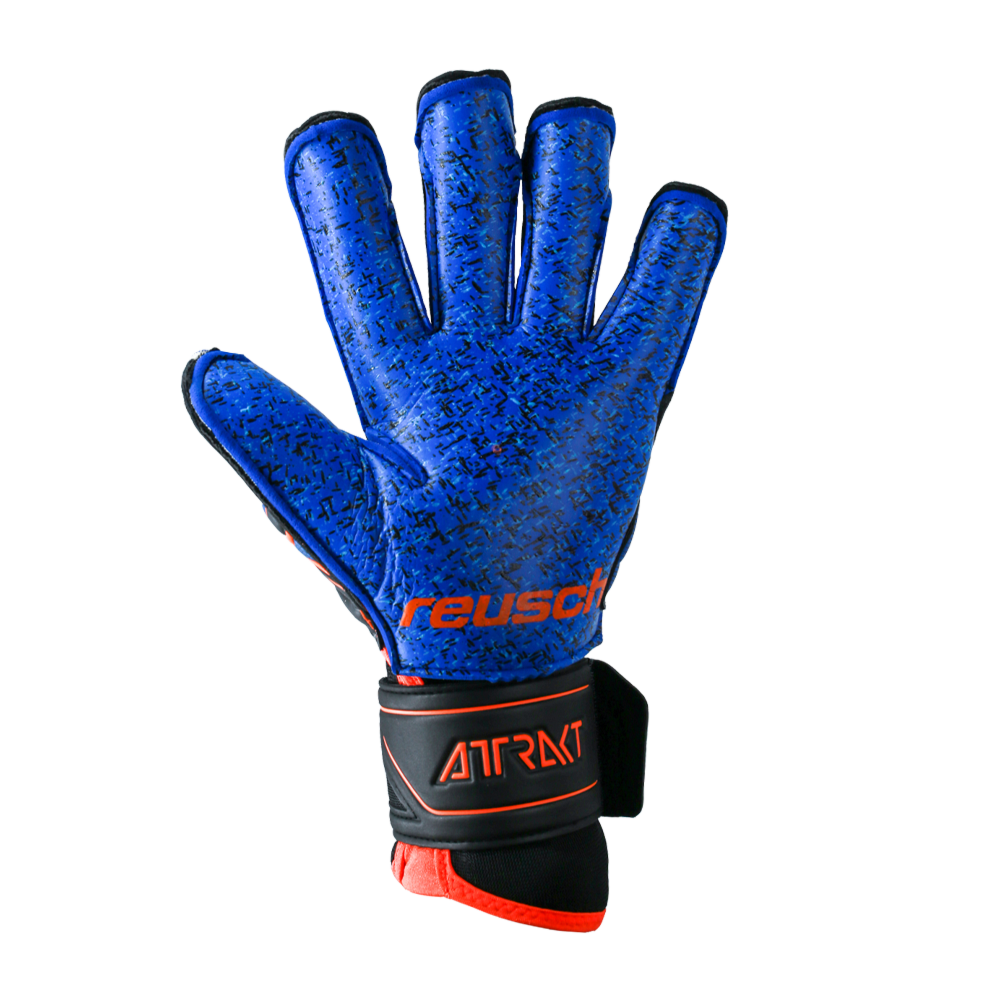 Goalkeeper glove with the best grip