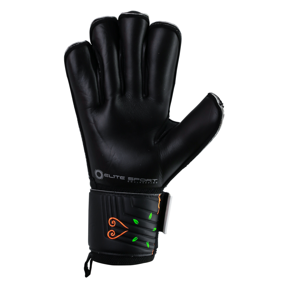 Goalkeeper gloves with good grip and durability