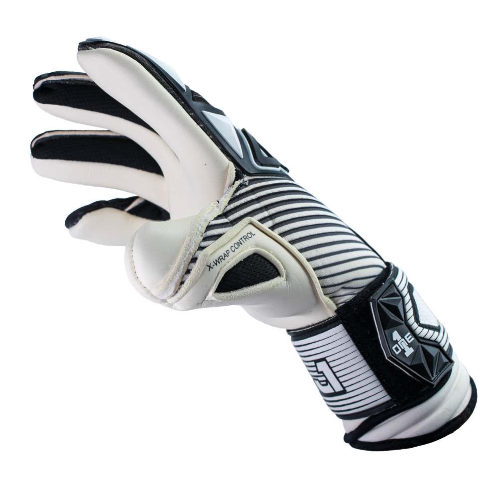 The One Glove SLYR EJ1 Contra Cut